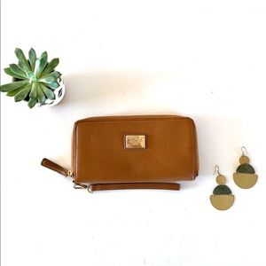 Kenneth Cole Reaction Brown Wristlet Wallet